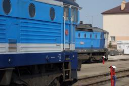 Spalinowe lokomotywy u przewoźników pasażerskich są bardzo stare