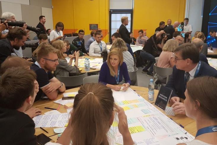 Obywatelska burza mózgów. Fundacja Grupy PKP połączyła siły z GovTech Polska