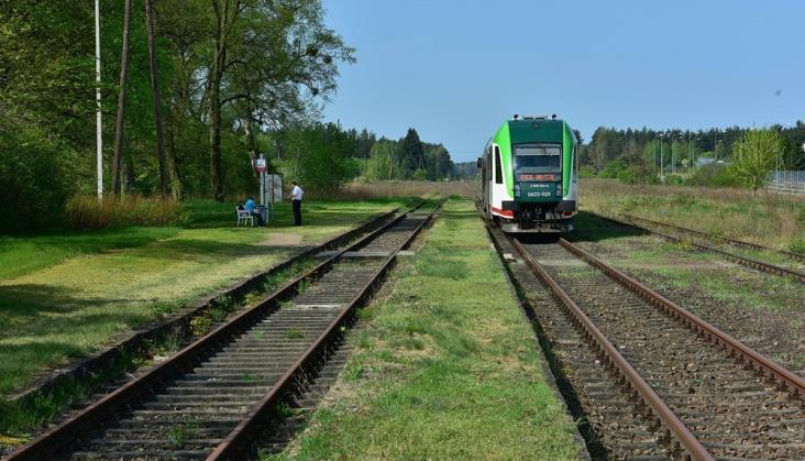 """Podlaskie: Całoroczne pociągi do Walił? """"Nie ma taboru i kadr"""""""