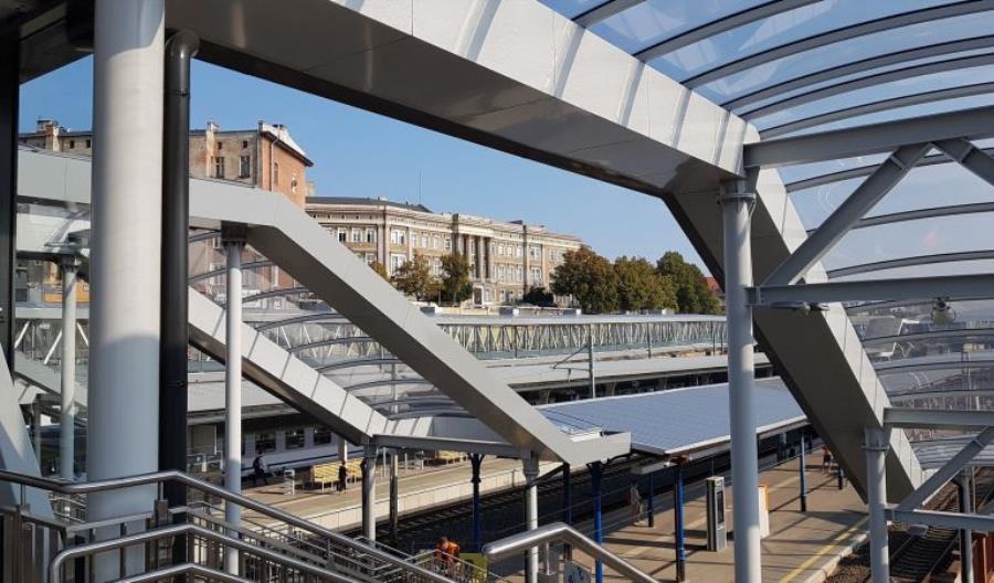 Szczecin Główny: Wykonawca zaczyna prace przy ostanim peronie