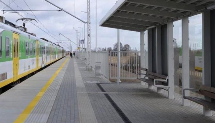 Nowe perony na Rail Baltice na razie pozostaną puste