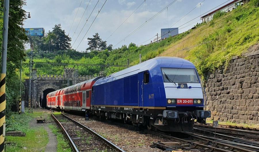 Piętrowe wagony wożą pasażerów RegioJet na Słowacji [zdjęcia]