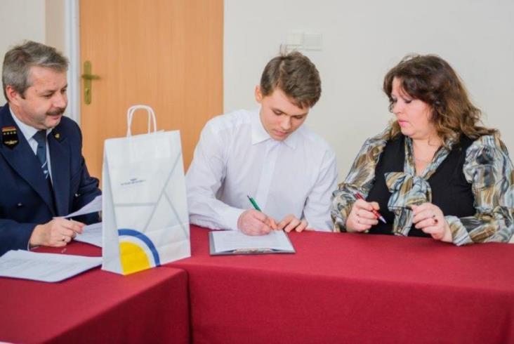 Stypendia PLK dla uczniów w Skarżysku-Kamiennej