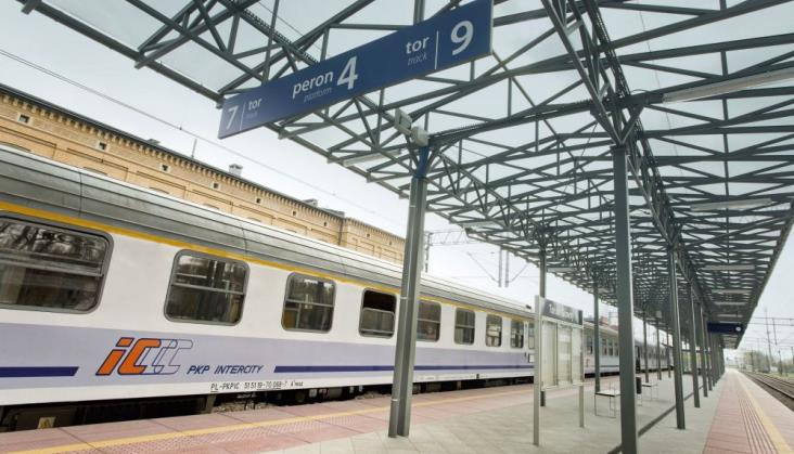 14 milionów pasażerów Intercity w miesiącach wakacyjnych