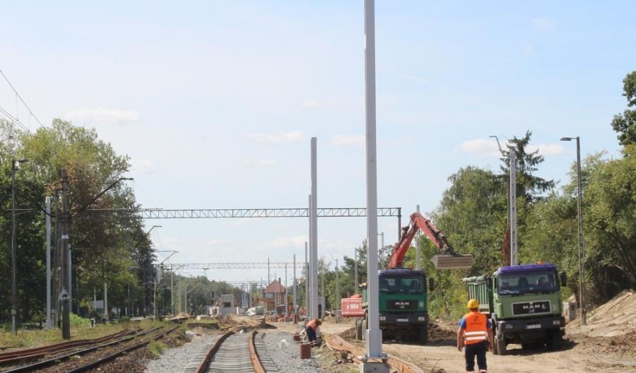 W Zduńskiej Woli nowym przejściem bezpiecznie na perony i przez miasto