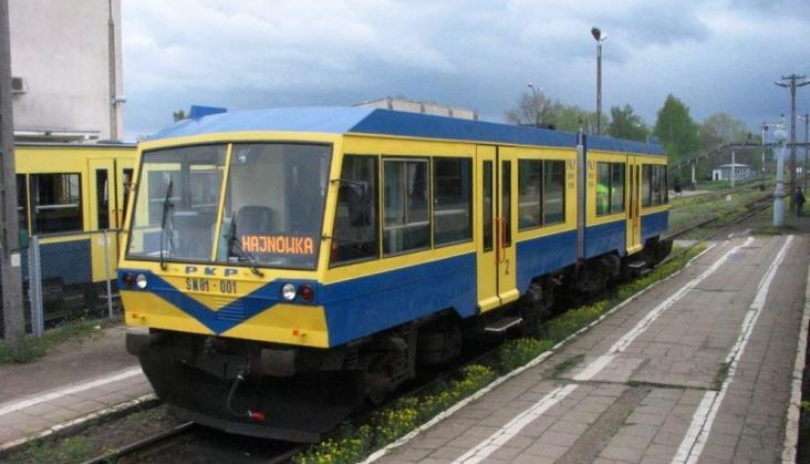 Szynobus SN81 jedzie do muzeum w Czeremsze