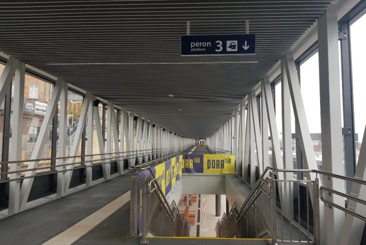 Szczecin Główny: Nowe przejście nad peronami dostępne dla podróżnych