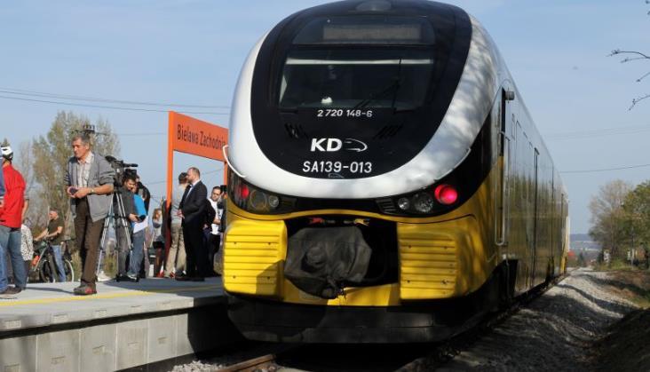 Próba zablokowania reaktywacji pociągów do Bielawy