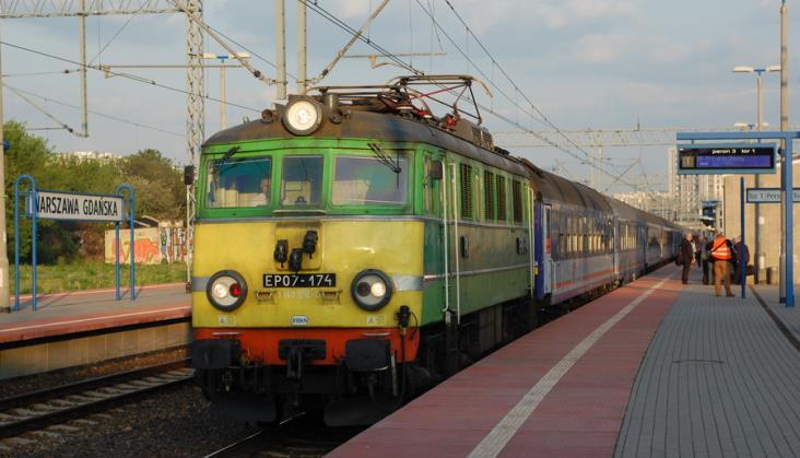 Dwa pociągi PKP Intercity kończą bieg w Warszawie Gdańskiej. Choć nie muszą
