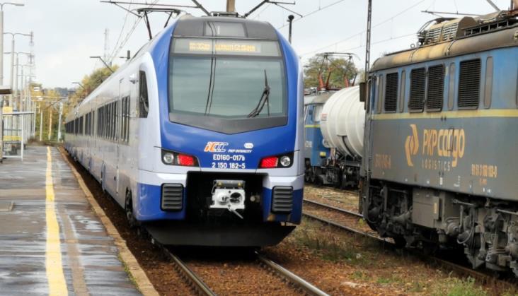 PKP Intercity: Mniej pociągów Łódź – Toruń – Gdynia