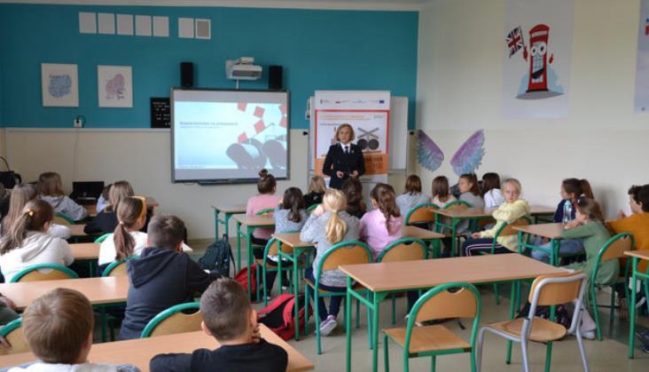W październiku kolejarze uczyli 22 tys. dzieci bezpiecznych zachowań