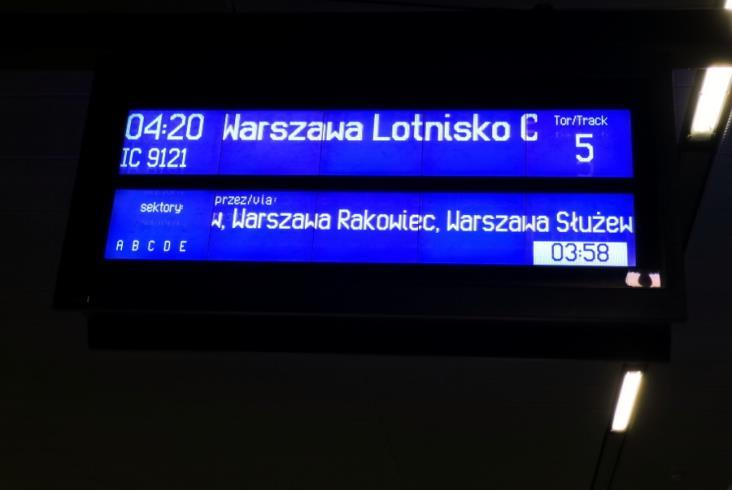 Pierwszy pociąg PKP Intercity z Łodzi dotarł na stołeczne lotnisko
