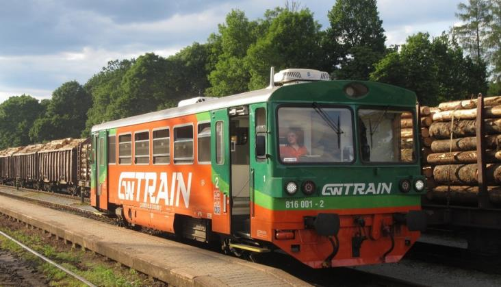 GW Train nieco rzadziej przez granicę polsko-czeską. Za to częściej do Trutnova