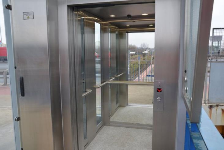 PLK wymieniła windy na przystanku Warszawa Al. Jerozolimskie