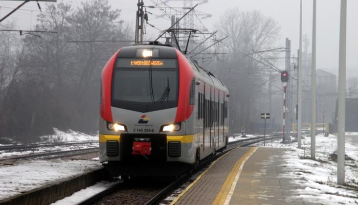 Łódzkie: ŁKA tańsza od Polregio – porównujemy stawki za pociągokilometr