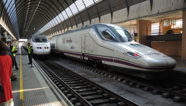 USA. Hiszpanie będą obsługiwać kolej Houston-Dallas za 6 mld dol.