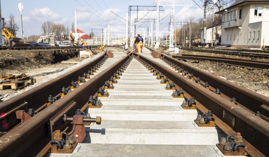Stalowa Wola z nowym przystankiem kolejowym Charzewice [zdjęcia]