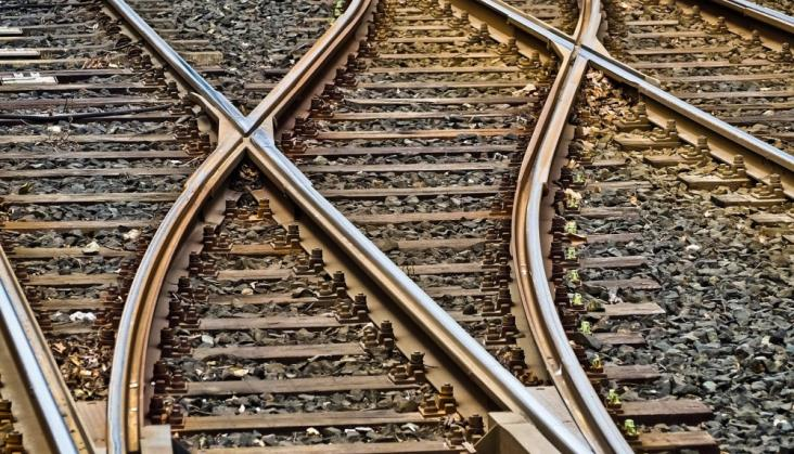 Jak się bronić przed karami umownymi w kontraktach kolejowych?