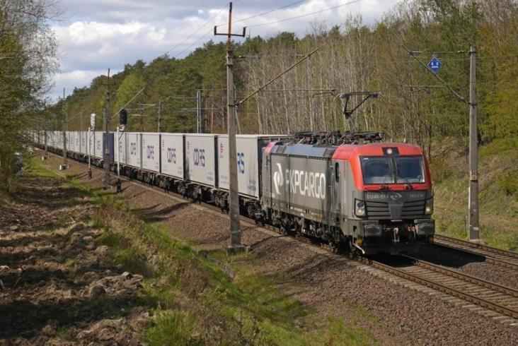 PKP Cargo Connect uruchamia rozkładowe pociągi intermodalne