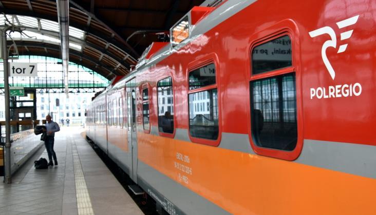 """Platforma """"Podróż bez barier"""" Polregio z wyróżnieniem"""