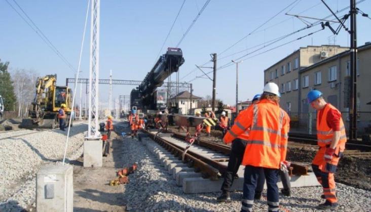 Track Tec: Przetargi na inwestycje kolejowe – potrzeba przyspieszenia