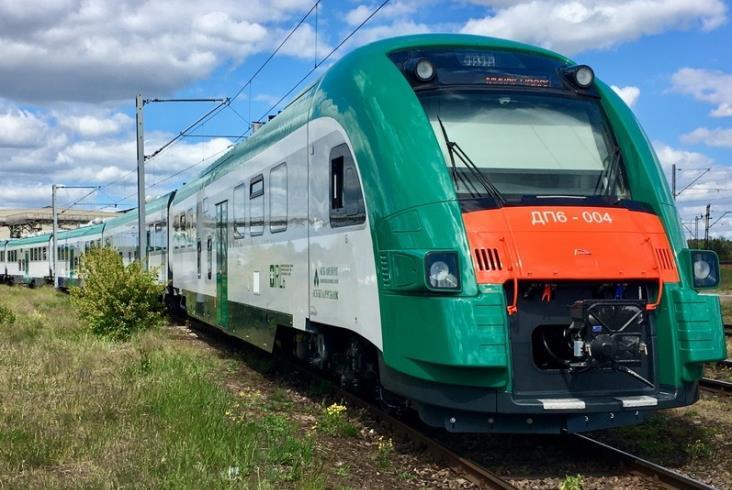Kolejne spalinowe zespoły trakcyjne Pesy w drodze na Białoruś i Sardynię