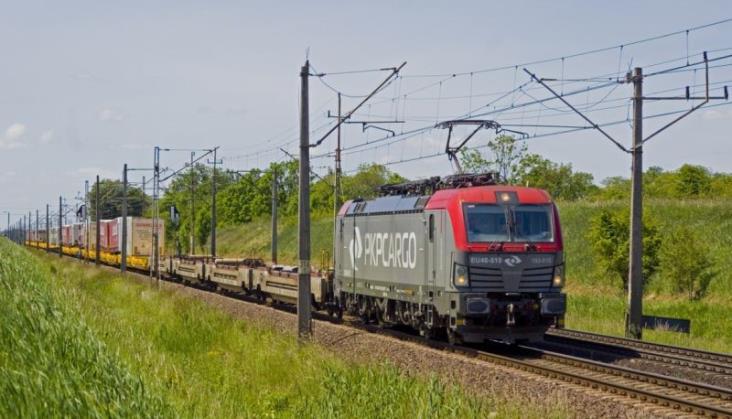 PKP Cargo uruchomiło pociągi operatorskie z Gdańska i Małaszewicz