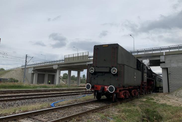 Leszno: Wiadukt nad linią E59 Poznań – Wrocław otwarty