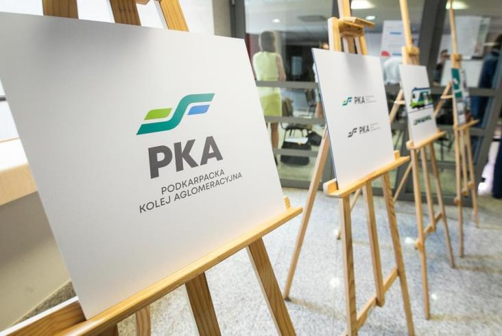 Podkarpacie podpisało z Polregio umowę wartą pół miliarda
