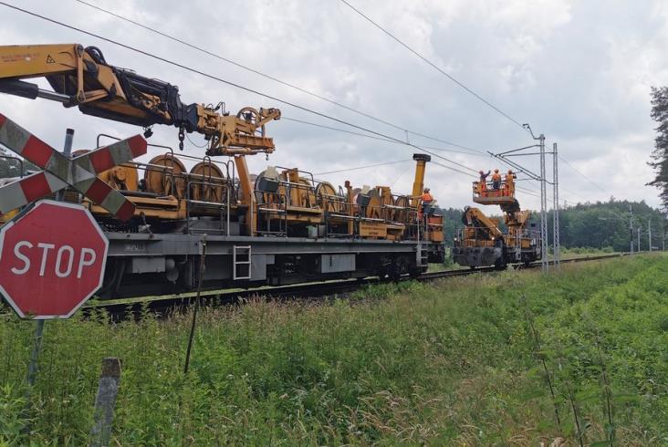 25 kilometrów linii 71 na Podkarpaciu z siecią trakcyjną [zdjęcia]