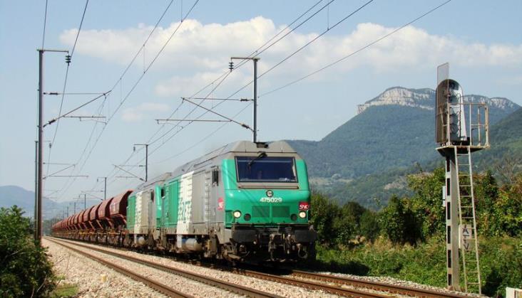 Francuzi zmniejszają stawki za dostęp do torów dla pociągów towarowych... do zera!