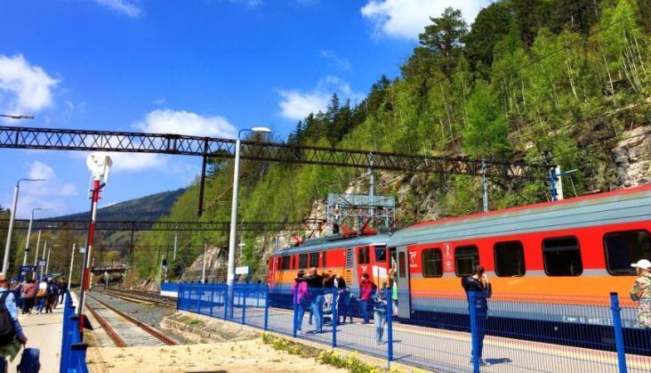 UTK zachęca do wakacyjnych podróży pociągiem