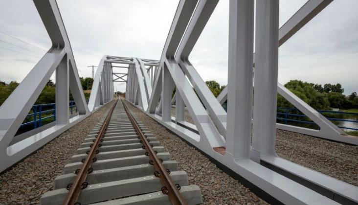 Od 30 sierpnia pociągi pojadą drugim nowym torem między Czachówkiem a Warką