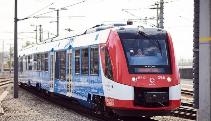 Wodorowy pociąg iLint w ruchu pasażerskim w Austrii