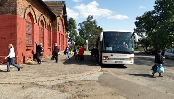 Łódź: Jak autobusy zastępcze obsługują przystanek na Lublinku?