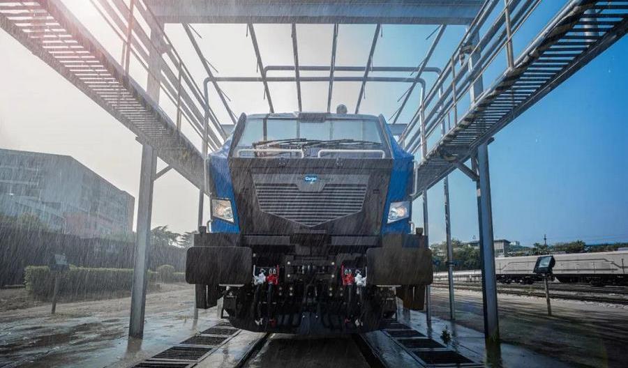 Elektryczna lokomotywa CRRC dla Rail Cargo Hungaria jest gotowa