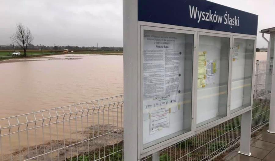 Pociągi powróciły na trasę Opole - Nysa [aktualizacja]