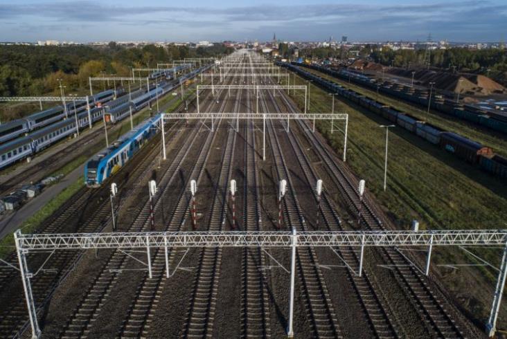 Postępują prace na liniach kolejowych do portów w Szczecinie i Świnoujściu [zdjęcia]