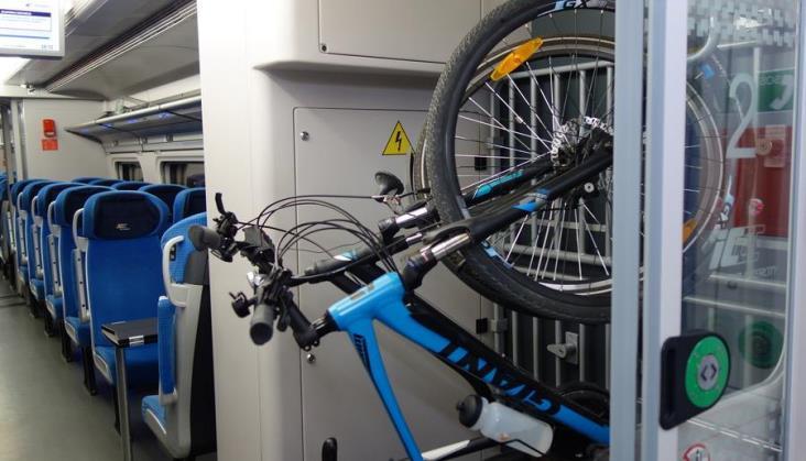 Coraz więcej rowerów w PKP IC