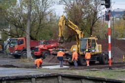 Warszawa Zachodnia: Zaczyna się demontaż wiat