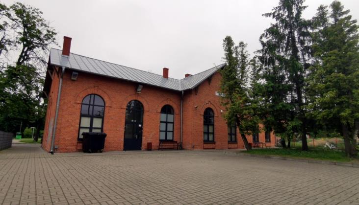 PKP IC w Głownie. Komunikacja zastępcza za pociągi, których nie było