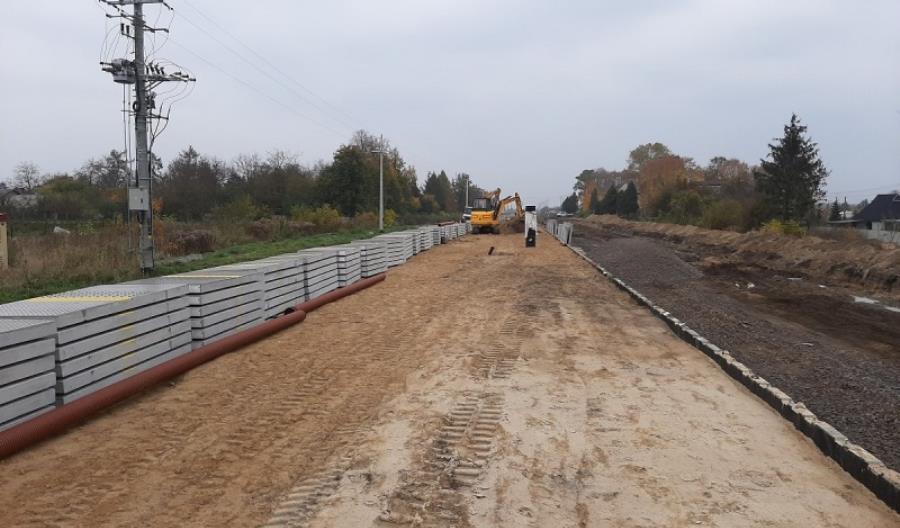 Rozpędzają się prace na linii nr 16 ze Zgierza do Łęczycy