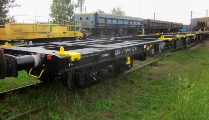 Wagony do przewozu kontenerów Sggrs wyłączone po wykryciu pęknięć