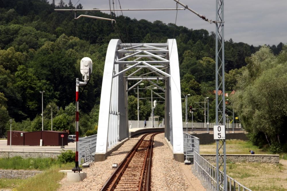 Inwestycje kolejowe trwają mimo pandemii. Sukcesem branży ciągłości prac