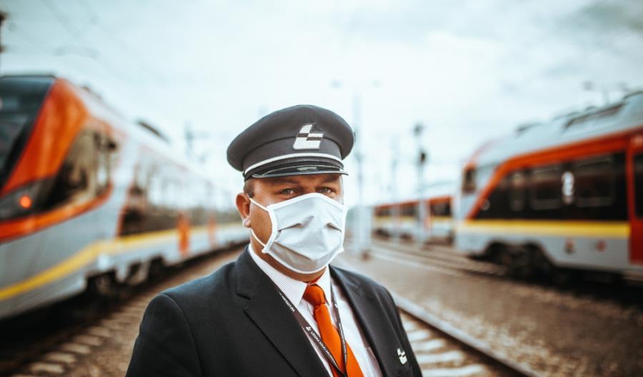 Gdyby pasażerowie zarażali, chorowaliby konduktorzy