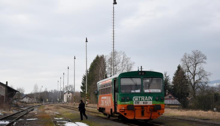 Kolejowy ruch międzynarodowy z Polski. Które pociągi jeszcze kursują?