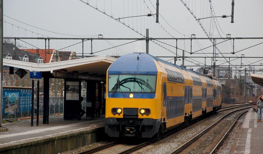 Eurostat: Wielkie spadki przewozów pasażerskich w Europie. Holandia wyjątkiem