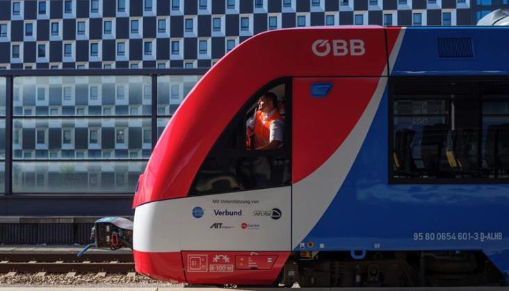 Wodorowy iLint może wozić bez przeszkód pasażerów w Austrii