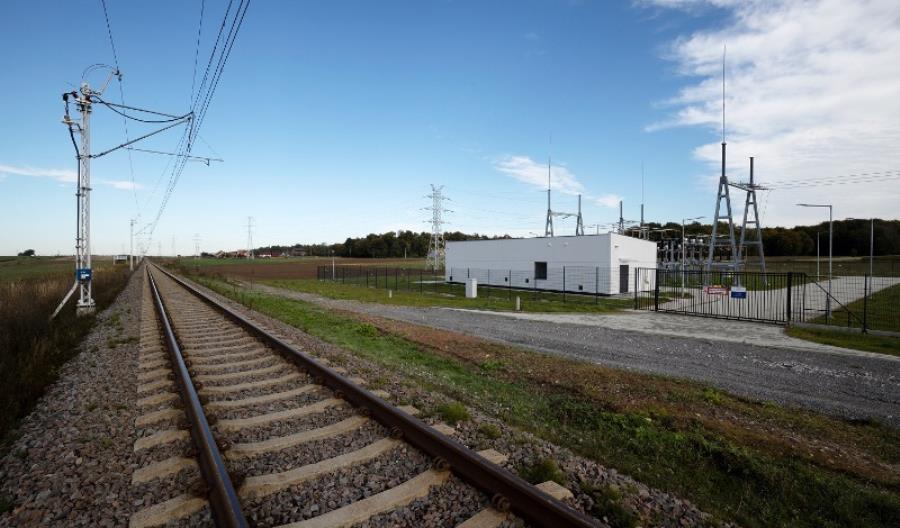 Od rozkładu jazdy 2020/2021 elektrycznym pociągiem jedziemy z Lublina do Stalowej Woli