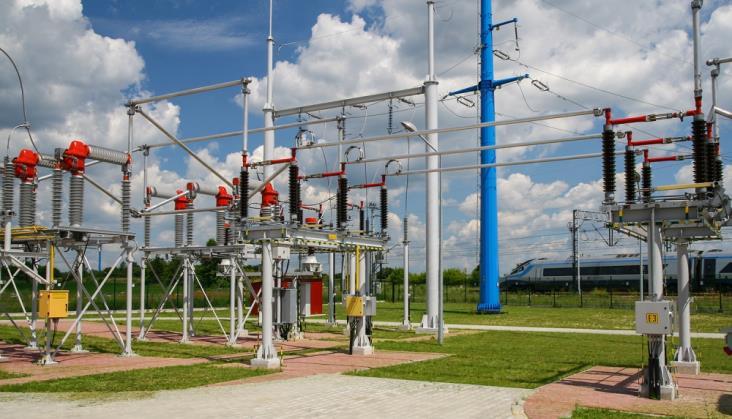 PKP Intercity zamawia energię od PKP Energetyka za ponad miliard złotych